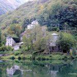 Il borgo e il lago