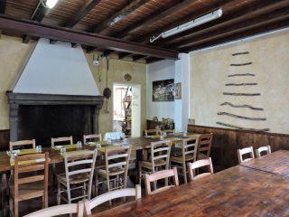 Rifugio Segheria: la sala con camino